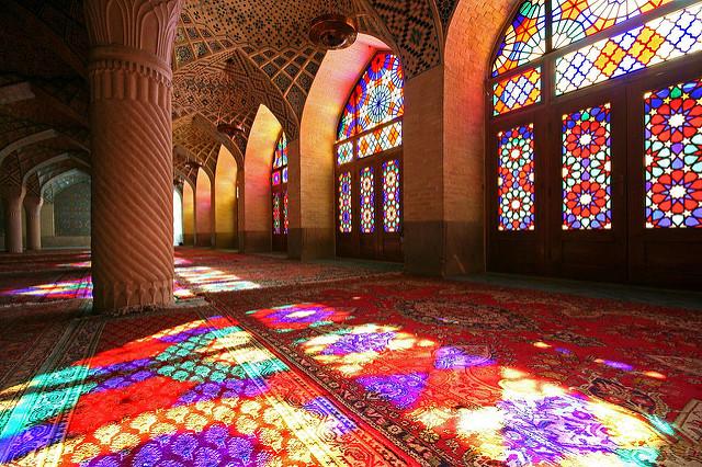 أو-مسجد-قوس-قزح-في-إيران